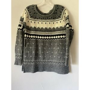 American Eagle Outfitters XS Pullover Sweater